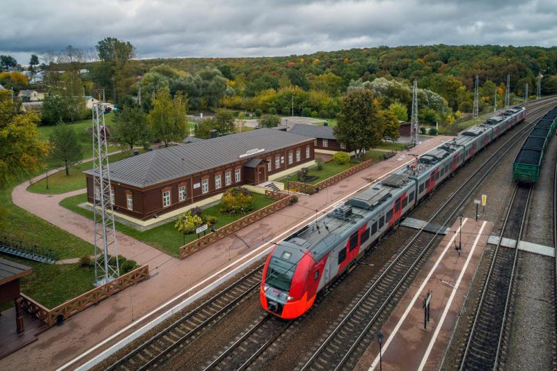 В Самаре до 2023 года построят тротуары около четырех железнодорожных станций